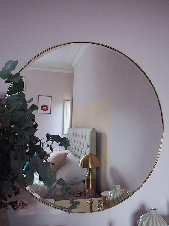 round mirrors for bedroom