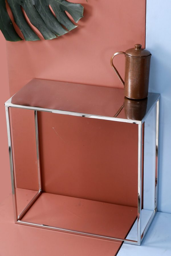 Metal side table - silver