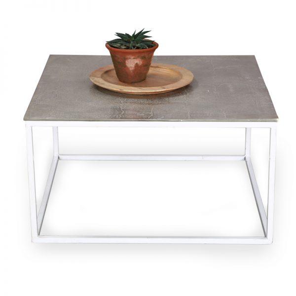 Metal coffee table : Topp Brass