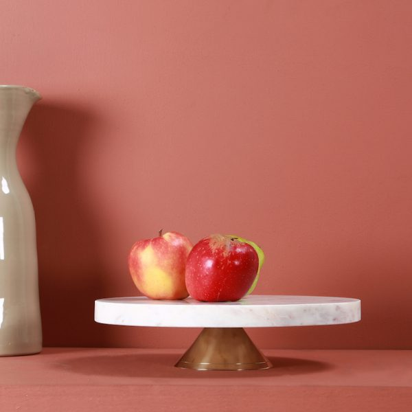 Marble and brass cake dish