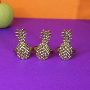 Brass napkin rings : Topp Brass