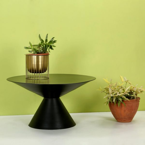 Top brass : Black coffee table
